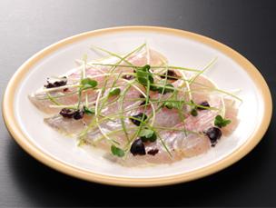 白身魚のマリネ 天塩とクリームのソース